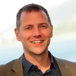 Speaker - Lukas Pawek